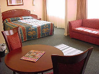 Embassy Motel - eAccommodation
