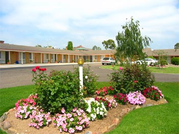 Bega Village Motor Inn - eAccommodation