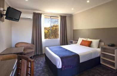 Best Western Reef Motor Inn - eAccommodation