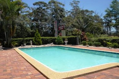 Beerwah Glasshouse Mountains Motel - eAccommodation