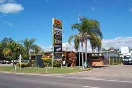 Queens Beach Motor Hotel - eAccommodation