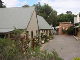 Zorros of Hahndorf - eAccommodation