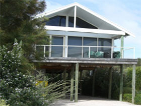 Sheoak Holiday Home - eAccommodation