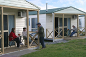 Discovery Holiday Parks Devonport Cosy Cabins - eAccommodation