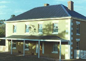 Wilmot Arms Inn - eAccommodation