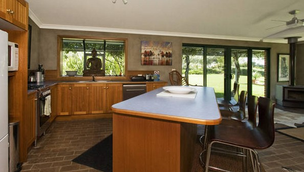 Banksia Garden Retreat - eAccommodation
