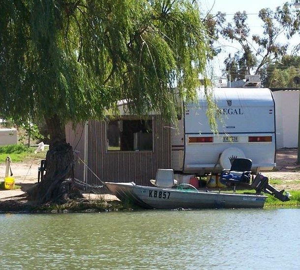 Willow Bend Caravan Park - eAccommodation