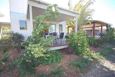 Woodgate Beach Houses - eAccommodation