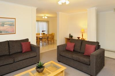 Apartments  Forest Hill - eAccommodation