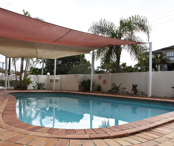 Ambassador Apartments Holiday Units - eAccommodation