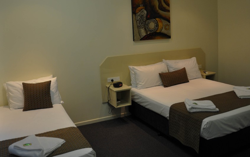 Bluewater Harbour Motel Bowen - eAccommodation