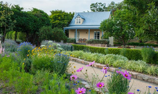 Vineyard Cottages and Cafe - eAccommodation