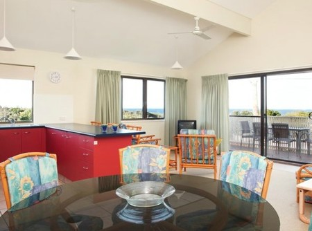 Peregian Court Resort - eAccommodation