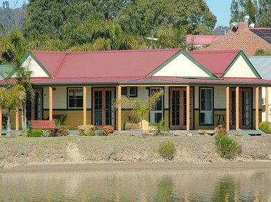 Coachhouse Marina Resort Batemans Bay - eAccommodation