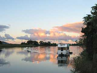 Tweed River Houseboats - eAccommodation