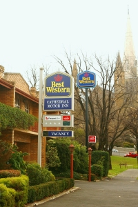 Best Western Cathedral Motor Inn - eAccommodation