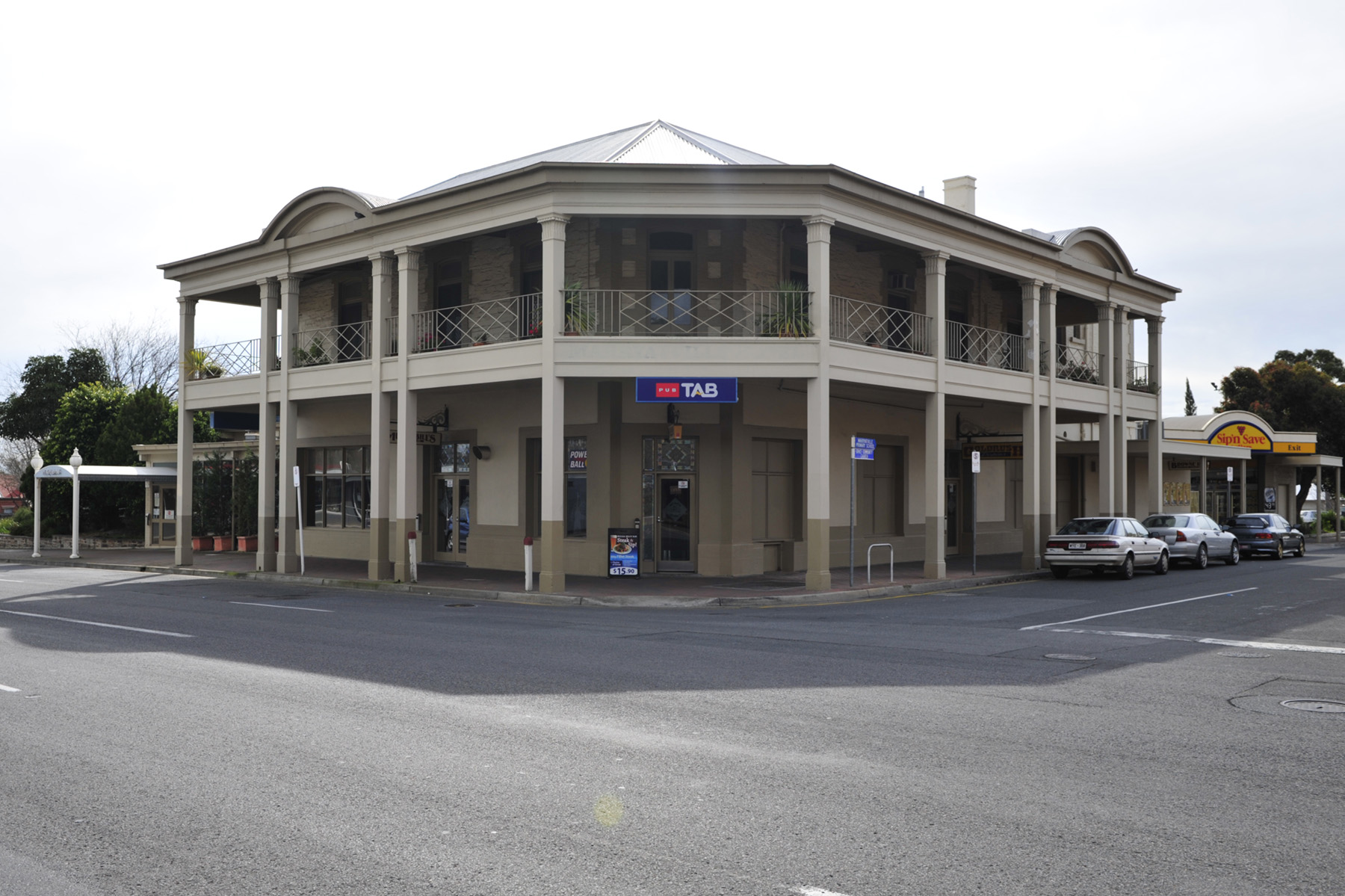 Marryatville Hotel - eAccommodation