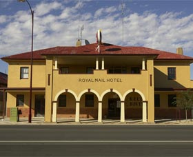 Royal Mail Hotel Jerilderie - eAccommodation