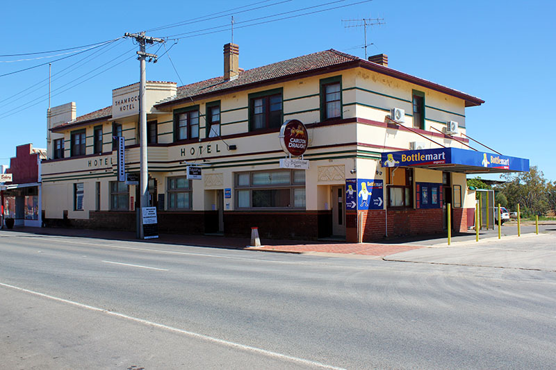 Bullocks Head Tavern - eAccommodation