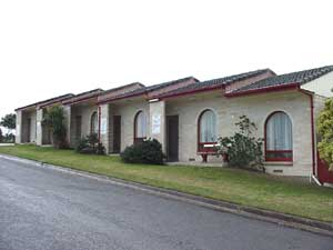 Oyster Court Motel - eAccommodation