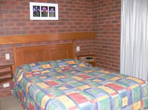 Two Rivers Motel - eAccommodation