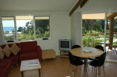 Tathra Beach House Apartments - eAccommodation