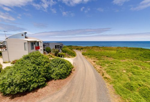Phillip Island Waterfront House - eAccommodation
