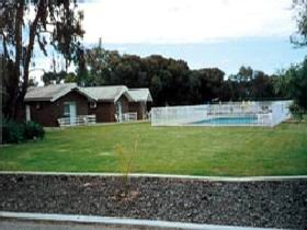 Highview Holiday Village - eAccommodation