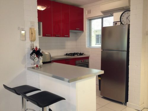 Staywest Apartments - eAccommodation