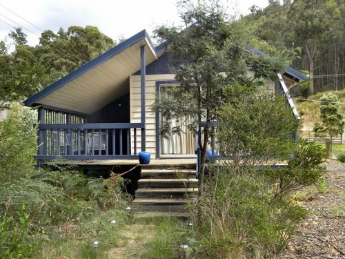 Huon Charm Waterfront Cottages - eAccommodation