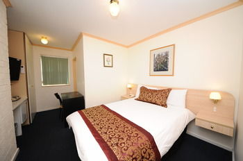 Northshore Hotel - eAccommodation