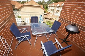 North Ryde 64 Cull Furnished Apartment - eAccommodation