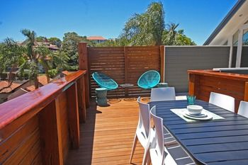 The Penthouse at Cremorne Point Manor - eAccommodation