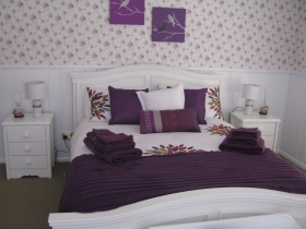 Cherry Bounce Bed  Breakfast - eAccommodation