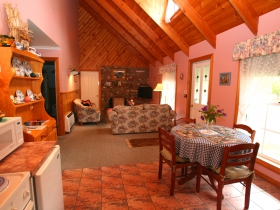 Rosebank Cottage Collection - eAccommodation
