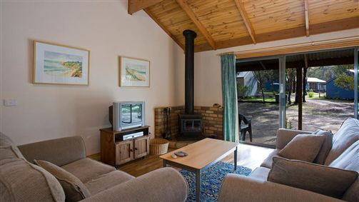 Surf Coast Cabins in Aireys Inlet - eAccommodation