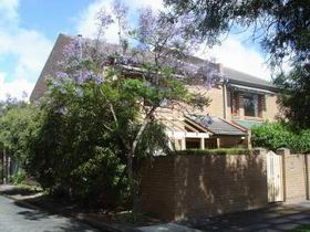 Adelaide Serviced Apartments - William Townhouse - eAccommodation