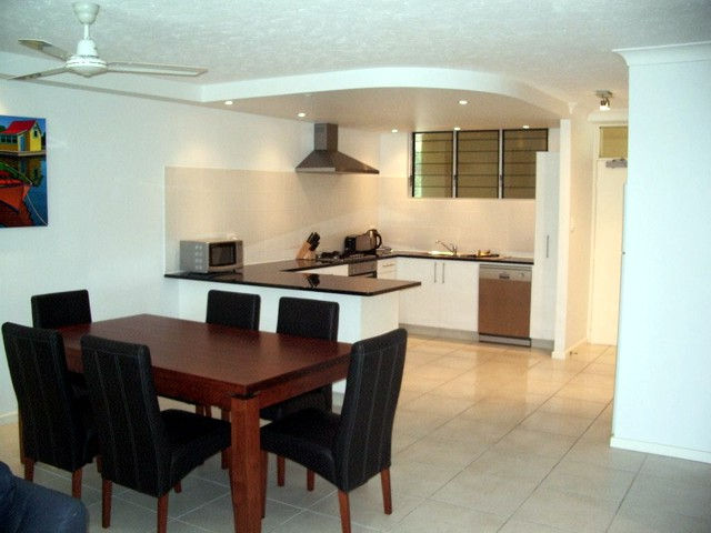 Hamilton Island Private Apartment - The Lodge - eAccommodation