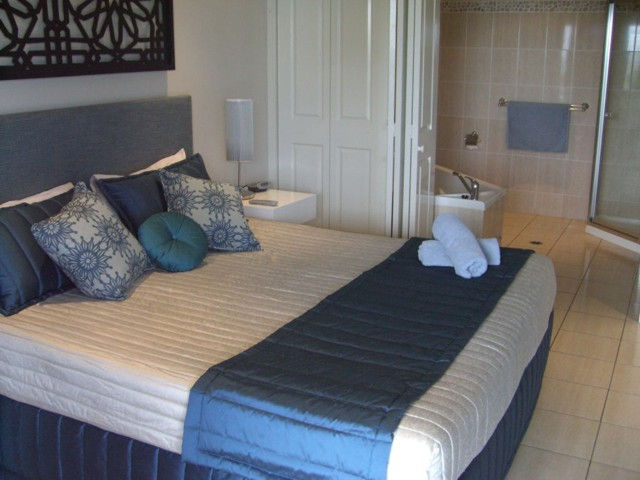 Hamilton Island Private Apartments - Anchorage - eAccommodation