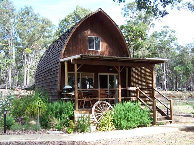 Jarrah Glen Cabins - eAccommodation
