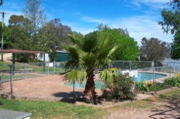 Lake Burrinjuck Leisure Resort - eAccommodation