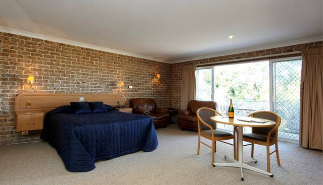 Hermitage Campbelltown - eAccommodation