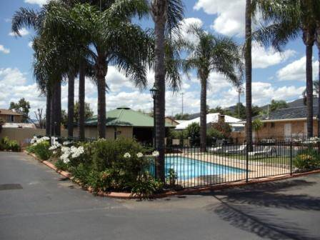 Town  Country Motor Inn Tamworth - eAccommodation