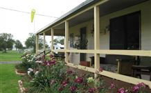 Narromine Tourist Park and Motel - Narromine - eAccommodation