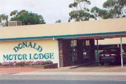 DONALD MOTOR LODGE - eAccommodation