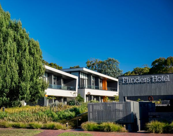 Flinders Hotel - eAccommodation