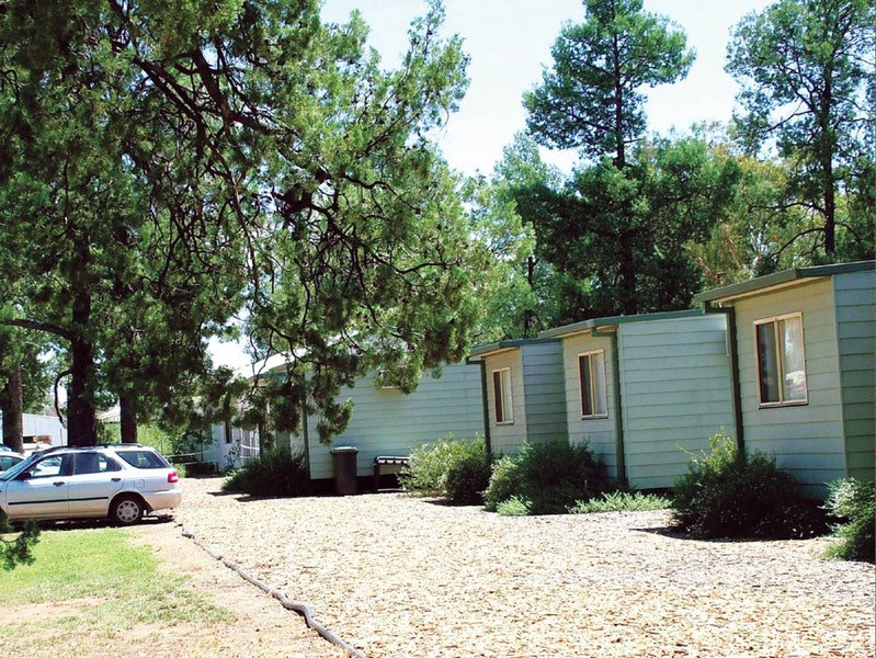 Camp Cypress Cabin and Caravan Park - eAccommodation