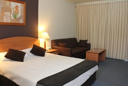 Peninsula Nelson Bay - eAccommodation