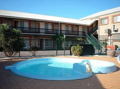 Goolwa Central Motel And Murphys Inn - eAccommodation