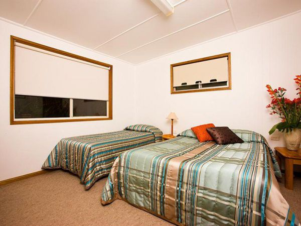 Somerset Apartments - eAccommodation